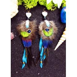 """Boucles d'oreilles ethniques plumes et coeur abalone """"Un coeur d'or"""""""