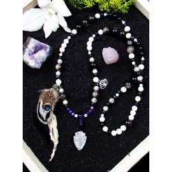 Mala 108 perles chamanique avec plumes et cristal de roche