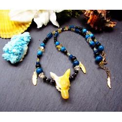 Collier ethnique totem loup en opale jaune