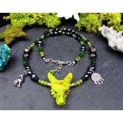 Collier ethnique totem loup en serpentine