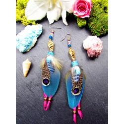 Boucles d'oreilles ethniques plumes et coquillages dorés