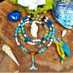 Mala 108 perles chamanique avec plumes et queue de baleine en abalone