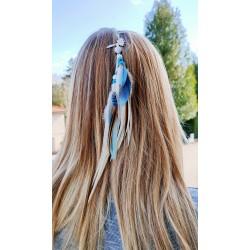 """Bijou de cheveux bleu et blanc avec plumes naturelles """"White plains"""""""