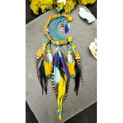 """Attrape rêves lune artisanal jaune et bleu avec plumes naturelles de geai et lune en nacre """"Turtle moon"""""""