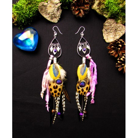 """Boucles d'oreilles plumes  sugilite""""Coeur d'Amazonie"""""""