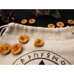 set de jeux de Runes anciens futhark dédié à Odin