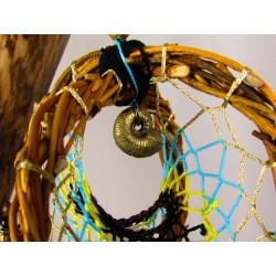 "Attrape rêves artisanal 3D ammonite pyrite et dragon ""L'Antre du dragon"""