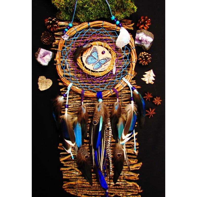 """Attrape rêves mandella bois, plumes et totem papillon """"Libre comme l'air"""""""