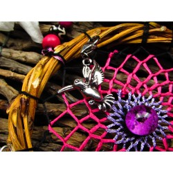 "Attrape rêves bois artisanal totem colibri et quartz lodolite ""Le jardin rose"""