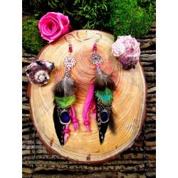 """Boucles d'oreilles plumes chakra coeur et tourmaline rose """"La passion du coeur"""""""