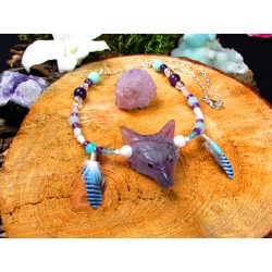 "Collier totem loup fluorite et plumes ""Boreal forest"""