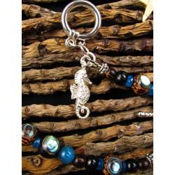 """Bracelet ethnique totem hippocampe, abalone et apatite """"Sous l'océan"""""""